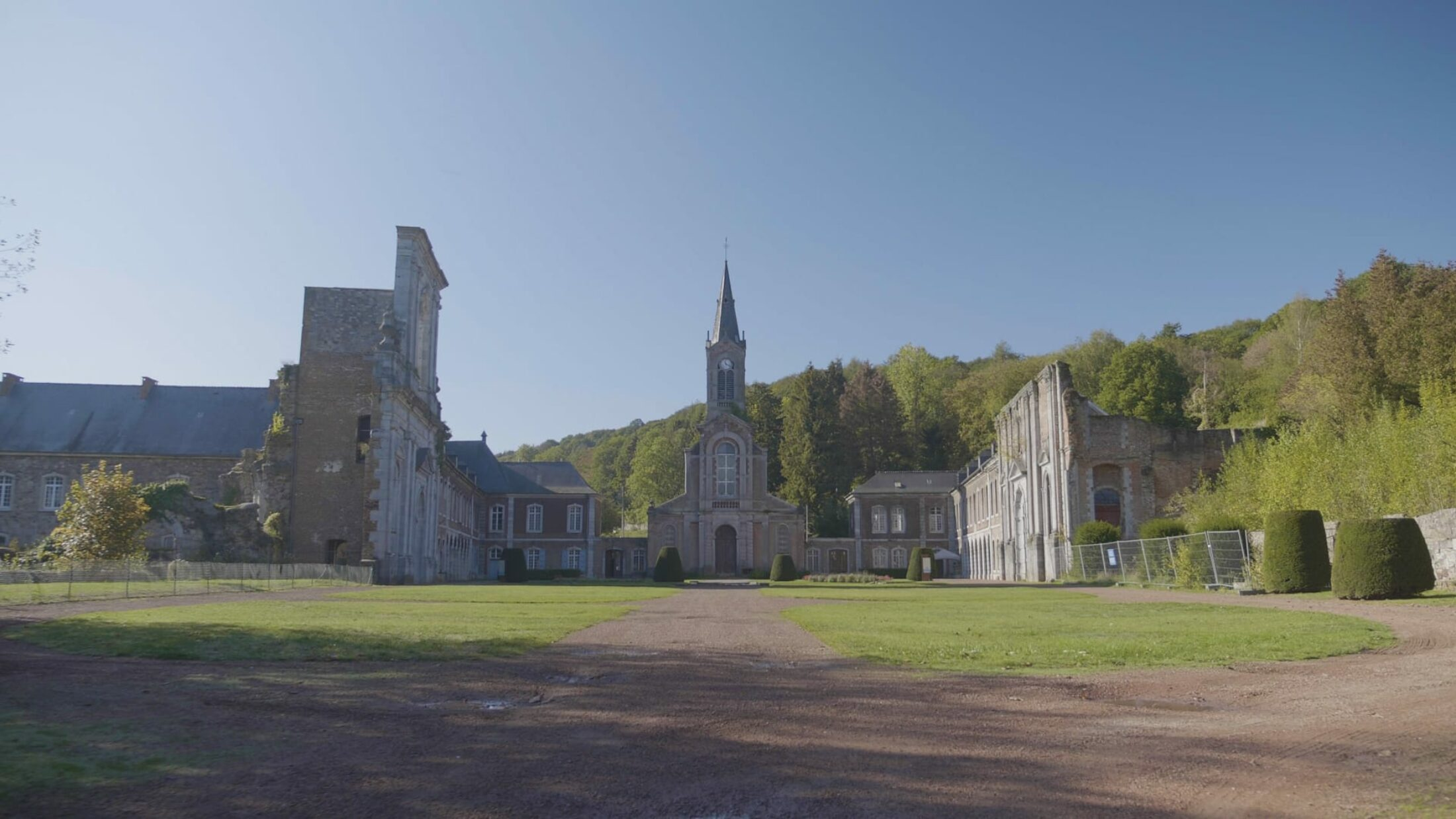 In the footsteps of the monks of the Abbaye d'Aulne