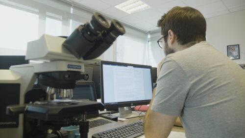 Dans le quotidien d'OncoDNA, entreprise à la pointe de l'analyse médicale